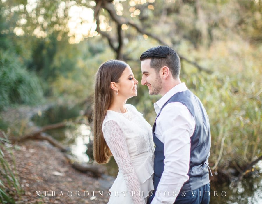 Centennial-Park-Engagement-Photos-18-min